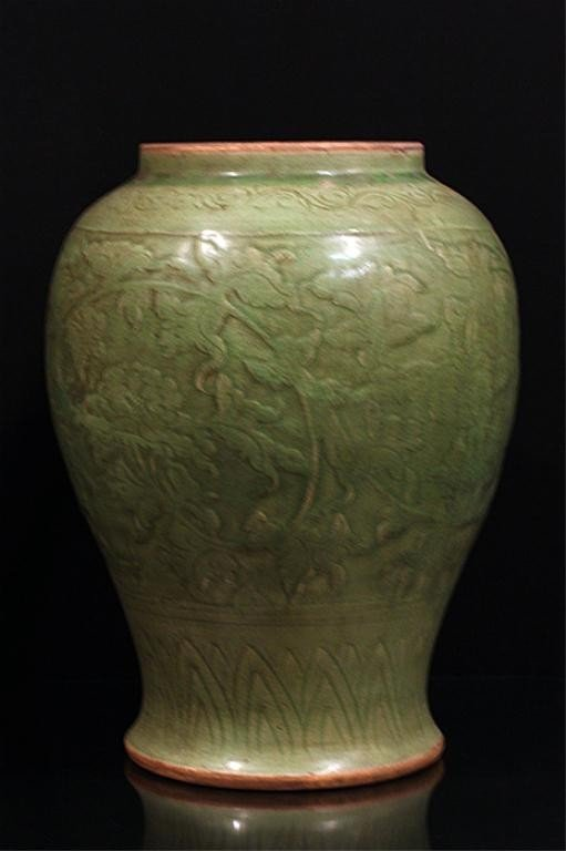 6: FINE CHINESE CARVED CELADON GLAZED JAR