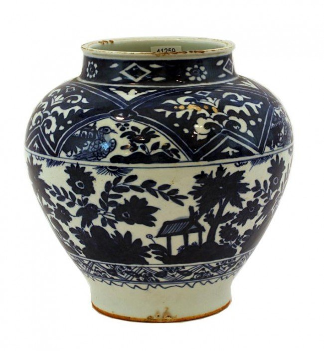 12: CHINESE BLUE AND WHITE JAR