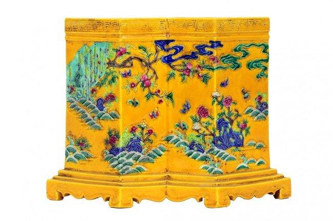 144: CHINESE YELLOW GROUND DOUBLE VASE BRUSHPOT