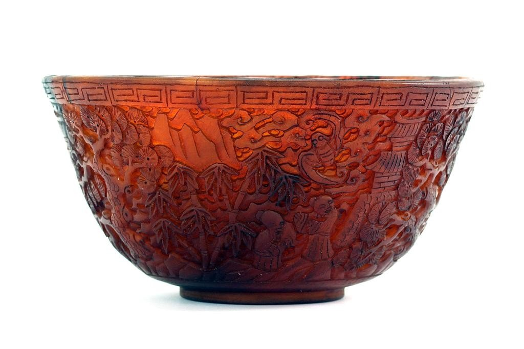 18: FINE ANTIQUE CHINESE RICE BOWL (CARVED HORN)