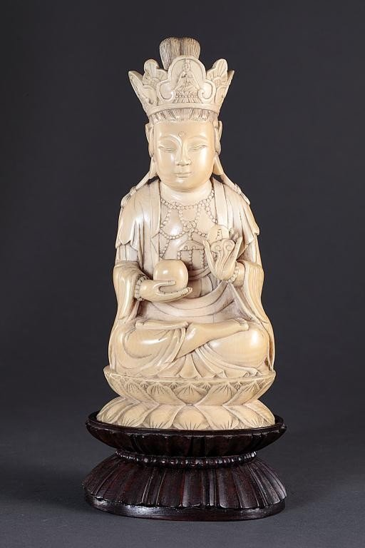 1: CHINESE CARVED IVORY OF A CROWNED BUDDHA