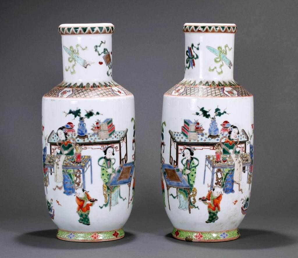 9: PAIR OF CHINESE FAMILLE VERTE ROULEAU VASES