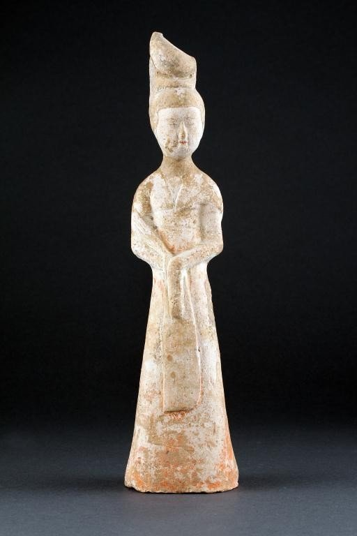 15: CHINESE HAN DYNASTY FIGURE OF A BEAUTY