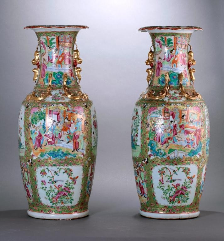 22: PAIR OF LARGE ANTIQUE CHINESE CANTON VASES