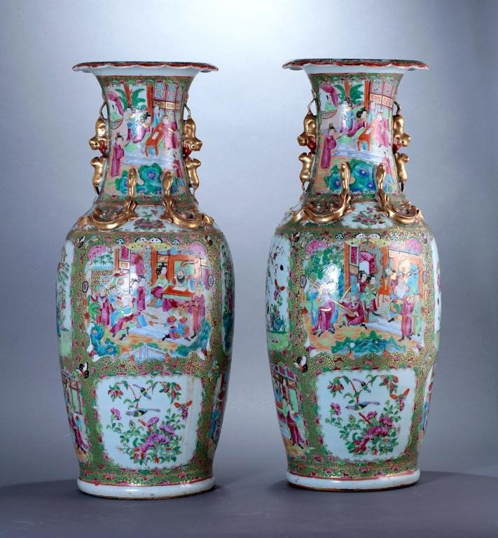 22: PAIR OF LARGE ANTIQUE CHINESE CANTON VASES - 3