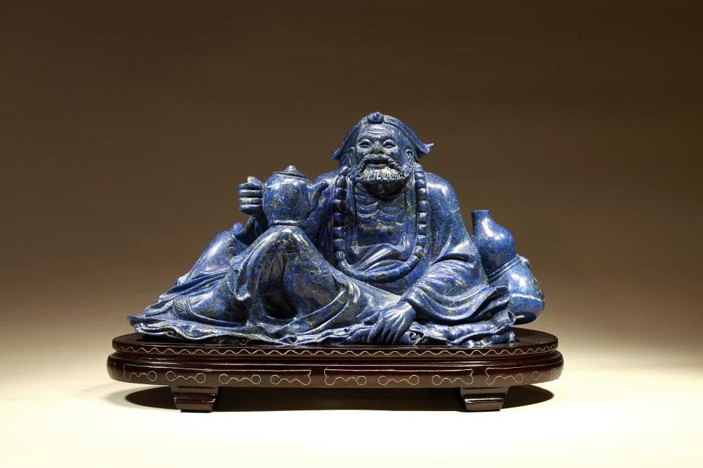 6: CHINESE CARVED LAPIS LAZULI OF A BEARDED MAN