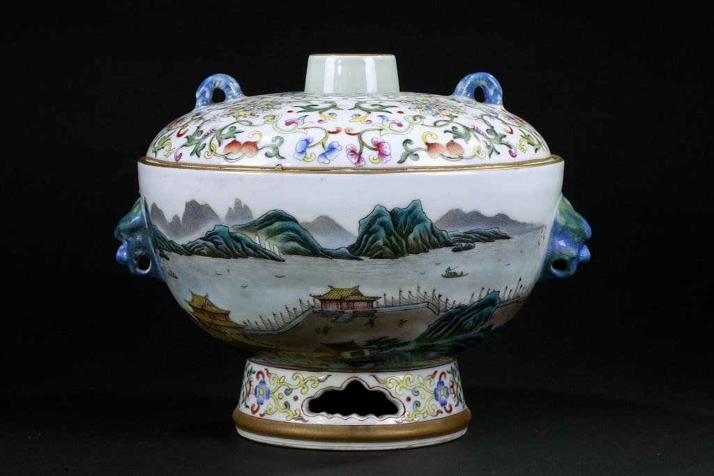 5: CHINESE FAMILLE ROSE ENAMELED LIDDED FOOTED BOWL
