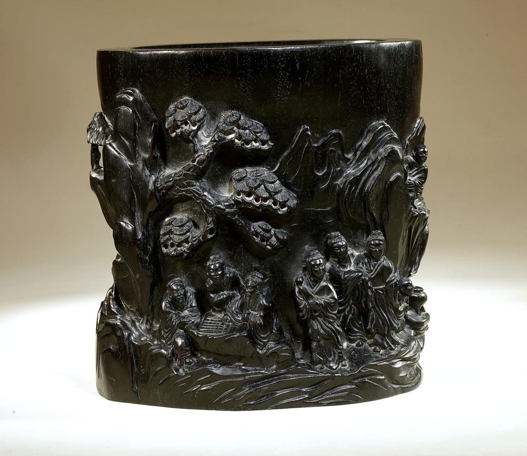 22: CHINESE CARVED ZITAN BRUSHPOT IN HIGH RELIEF