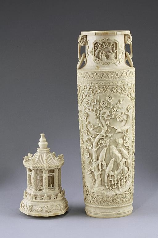 49: MAGNIFICENT ANTIQUE CHINESE CARVED IVORY VASE - 9
