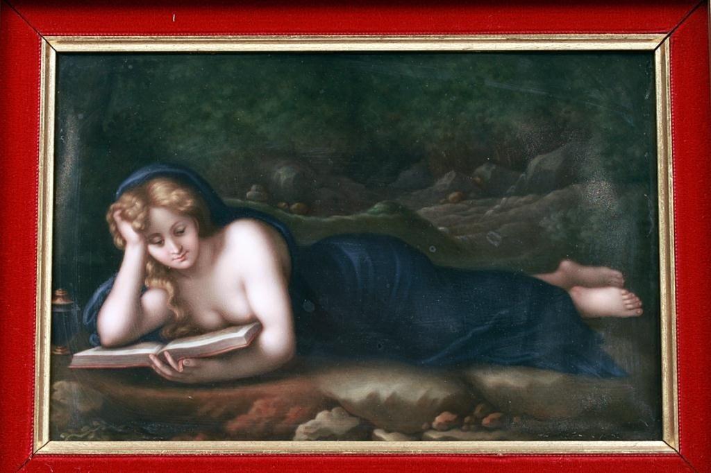 14: KPM PORCELAIN PLAQUE, OF A RECLINING LADY