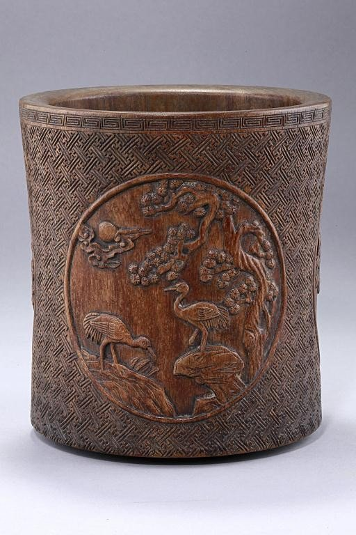 19: ANTIQUE CHINESE CARVED WOODEN BRUSHPOT