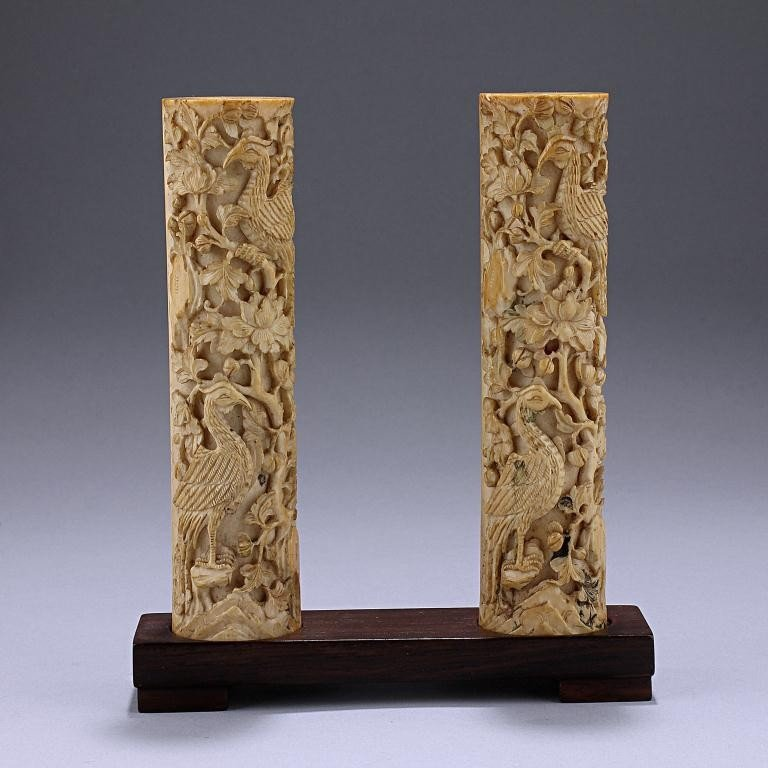 136: PAIR OF CHINESE CARVED IVORY BRUSH HOLDERS