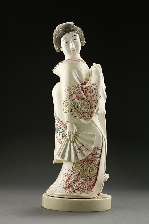 22: CARVED JAPANESE FIGURE OF A GEISHA