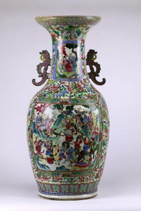 5: LARGE ANTIQUE CHINESE FAMILLE ROSE PALACE VASE