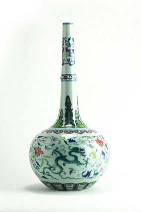 24: CHINESE DOUCAI GLOBULAR BOTTLENECK VASE