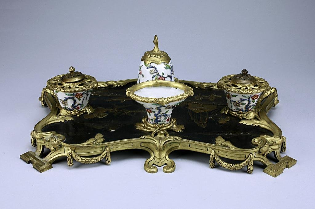 8: ANTIQUE CHINESE MADE FOR EXPORT INK STAND