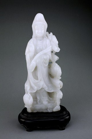8: ANTIQUE CHINESE CARVED WHITE JADE FIGURE