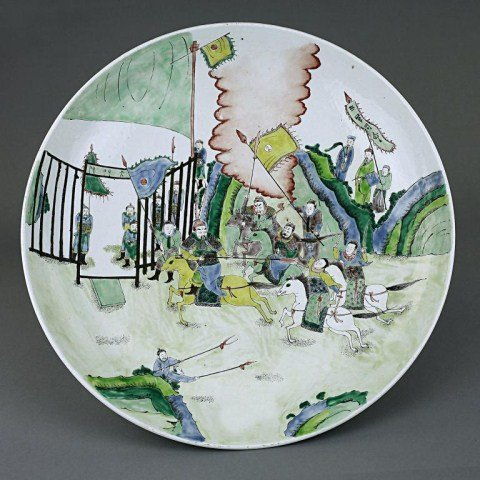 12: LARGE ANTIQUE CHINESE FAMILLE VERTE CHARGER