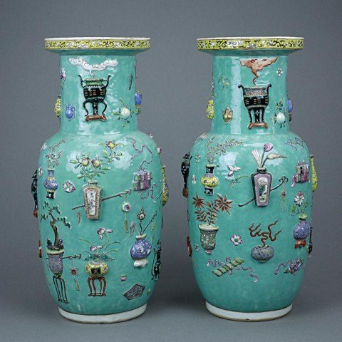 ANTIQUE PAIR OF CHINESE ROULEAU VASES