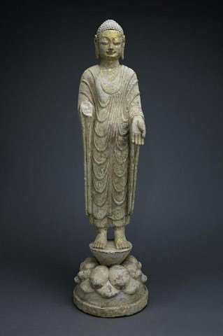 CHINESE LIME STONE FIGURE OF A STANDING BUDDHA