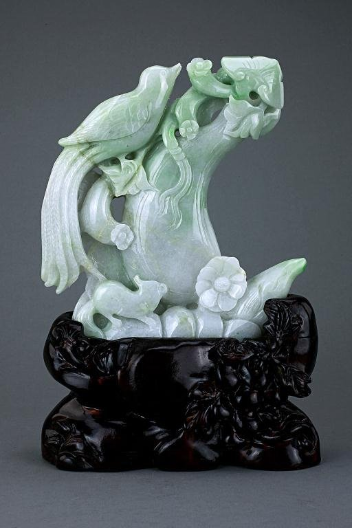 5: CHINESE CARVED JADE FIGURAL GROUP