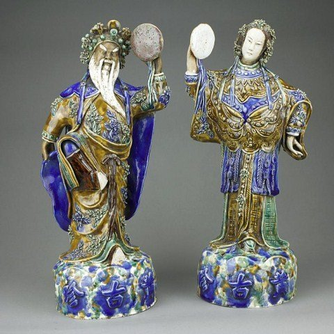 11: PAIR OF SAN CAI GLAZED EMPEROR AND EMPRESS FIGURES