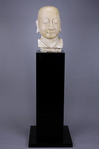 ANTIQUE CHINESE BUST OF BUDDHA HEAD ON A TALL STAND