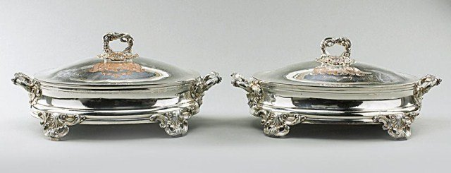 PAIR OF GEORGIAN SHEFFIELD SILVERED ENTREE DISHES