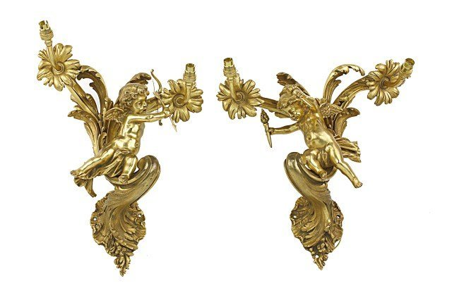 ANTIQUE PAIR OF FRENCH BRONZE WALL LIGHTS