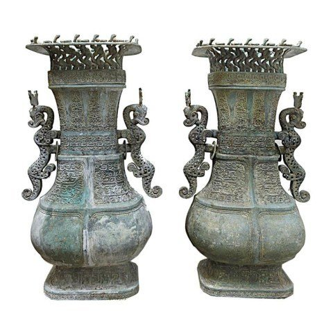IMPERIAL CHINESE BRONZE TEMPLE JARS AND COVER