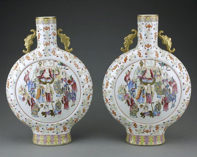 PAIR OF FAMILLE ROSE MOON FLASK VASES