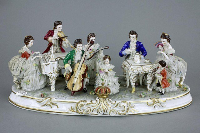 DRESDEN PORCELAIN FIGURE OF A FAMILY OF MUSICIANS