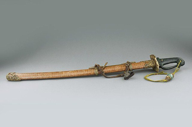 CHINESE SWORD WITH SCABBARD