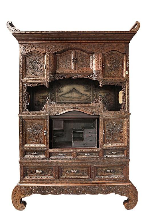 JAPANESE HAND CARVED CABINET, 19TH CENTURY
