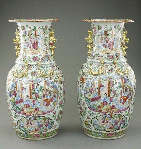 PAIR OF ANTIQUE CHINESE CANTON VASES, 19TH CENTURY