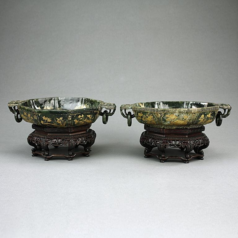 CHINESE ANTIQUE PAIR OF GILT-PAINTED SPINACH JADE BOWLS