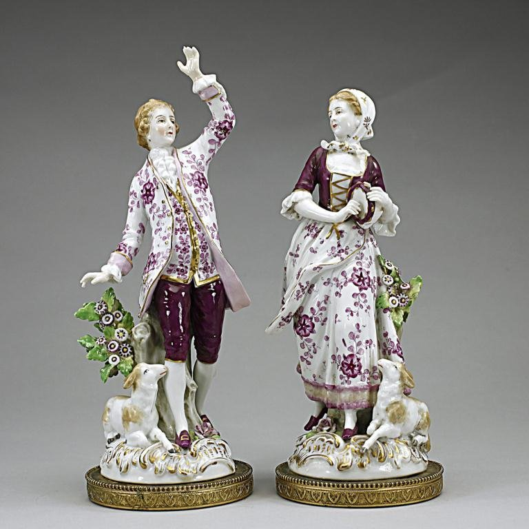 PAIR OF ENGLISH PORCELAIN FIGURES OF LOVERS