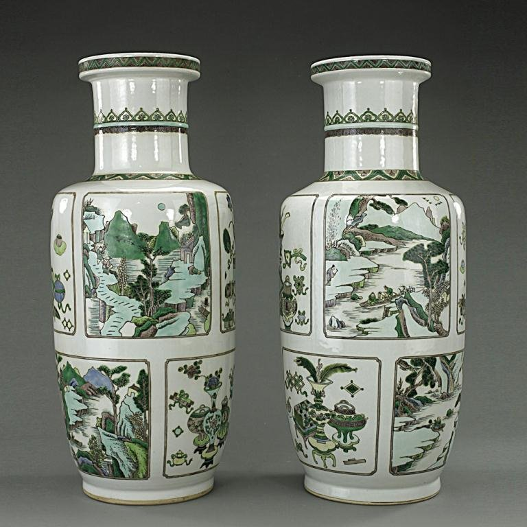 PAIR OF CHINESE FAMILLE VERTE ROULEAU VASES