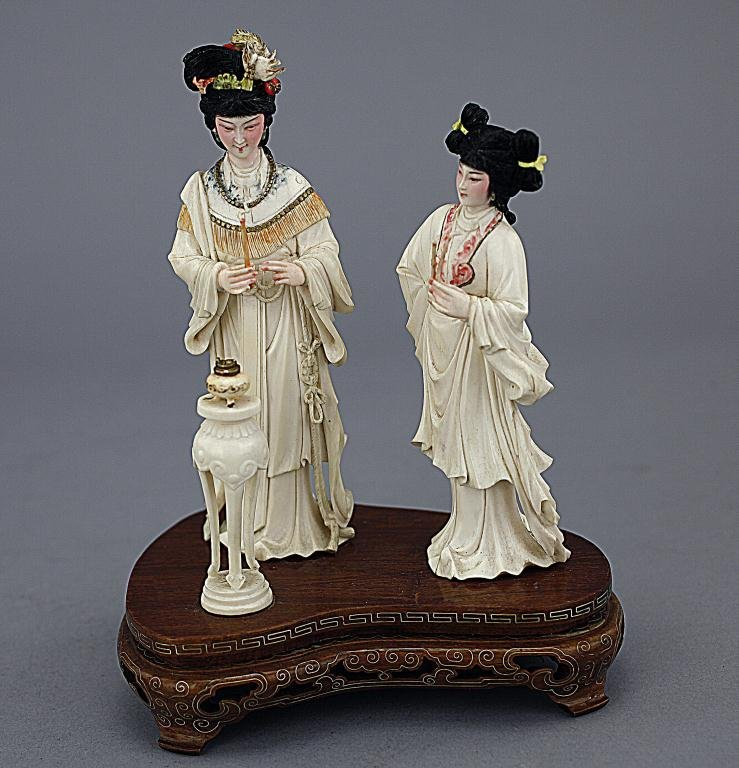CHINESE IVORY FIGURAL CARVING, OF AN EMPRESS