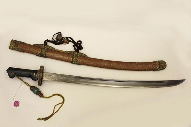 CHINESE SWORD & SCABBARD