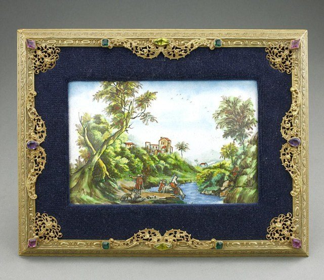 ANTIQUE RUSSIAN HAND PAINTED ENAMELED PLAQUE