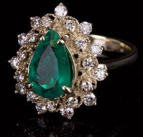 18k White Gold Ring With Diamond