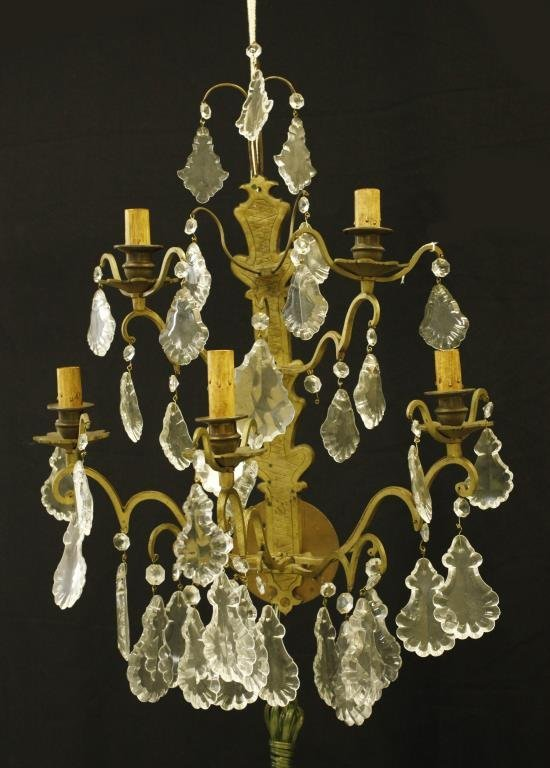 PAIR OF GILT BRONZE WALL LIGHTS WITH DROPS