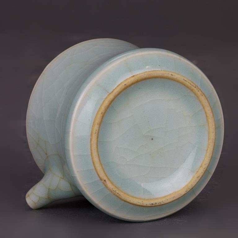 FOUR CHINESE SONG STYLE PORCELAIN PIECES - 3