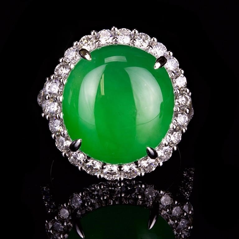 TOP QUALITY GLASSY JADEITE JADE DIAMOND RING