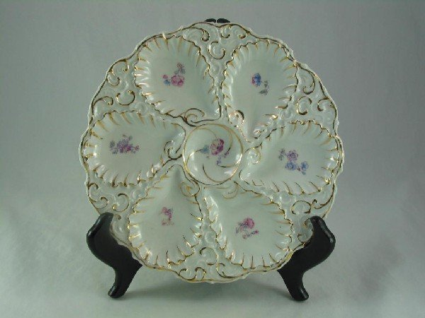 121: Oyster Plate, Pink & Blue Flowers