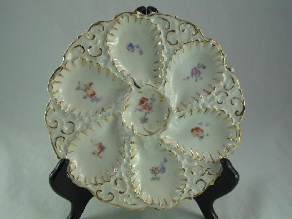 123: Oyster Plate, Pink & Blue Flowers
