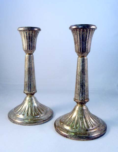 13: A PAIR OF DUCHIN STERLING SILVER CANDLESTICKS with