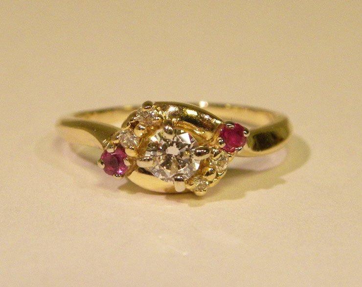 Beautiful Diamond & Ruby Engagament ring