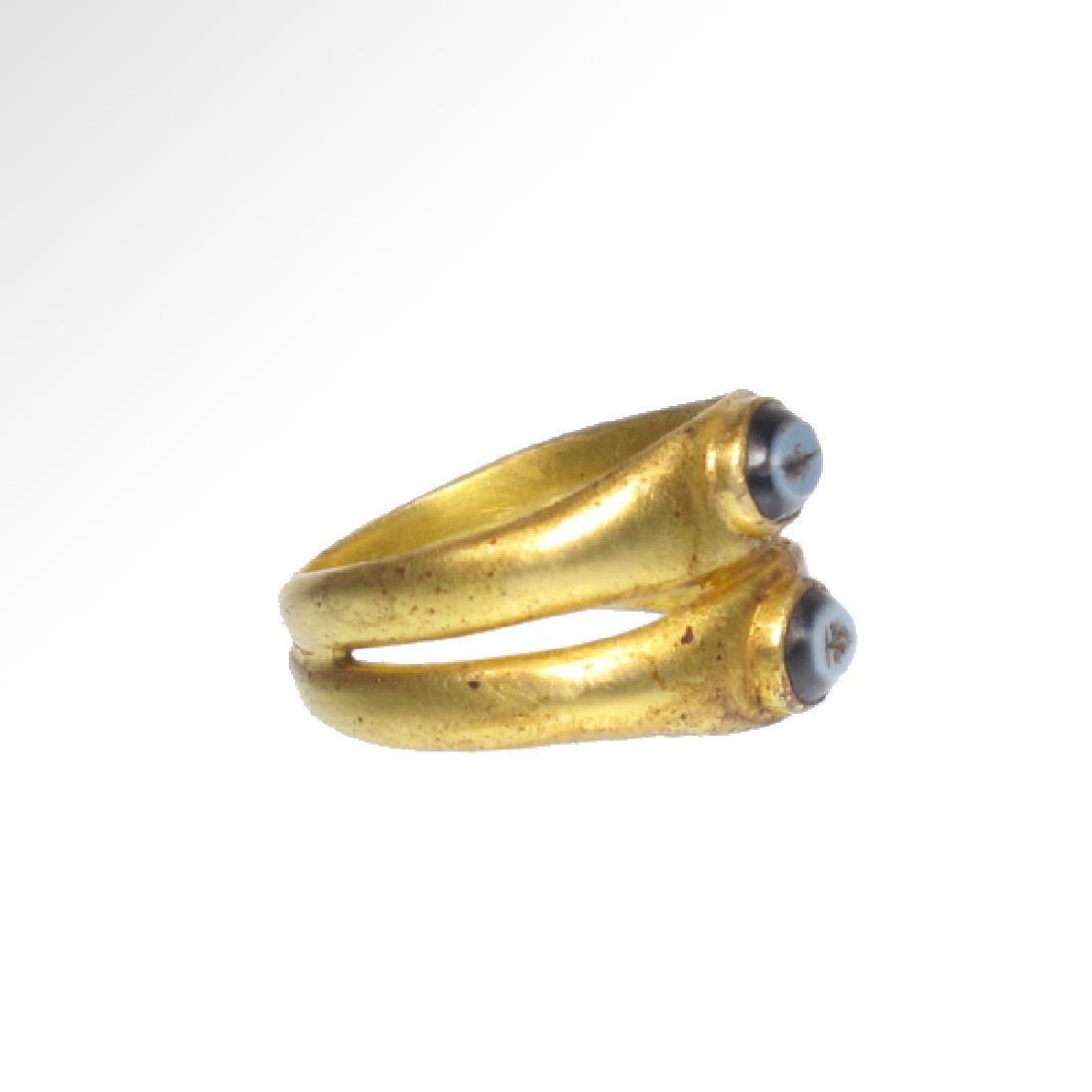 Roman Gold Double Ring, Onyx Intaglios, c. 2nd Century - 4